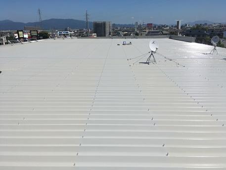 店舗の屋根塗装工事